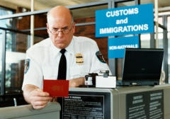 India,US,immigration,airport,backroom,littering,dumping waste,offence,police,nuisance