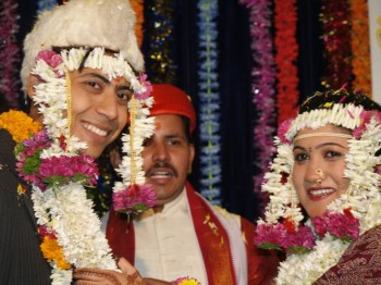 India, marriage, wedding, arranged marriage, forced marriage, love marriage, rites, ceremonies, rituals, divorce, sheet, mehndi, henna, baraat, sex, incompatibility, contract, Classifieds, matrimonials, matchmaker, nayan, astrologers, horoscope, marry a tree, marry a pot, auspicious, date, joint family, Kama Sutra