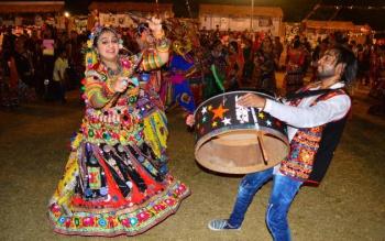 india,noise,festival,navratri,drums,danses,temple,hinduism,durga